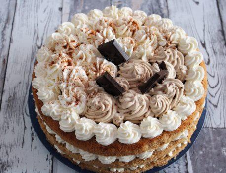 Tort cynamonowo-kawowy