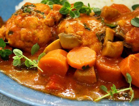 Pulpety w sosie z warzywami