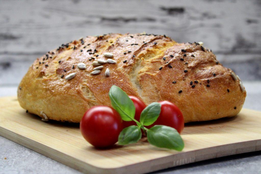 Chlebek drożdżowy