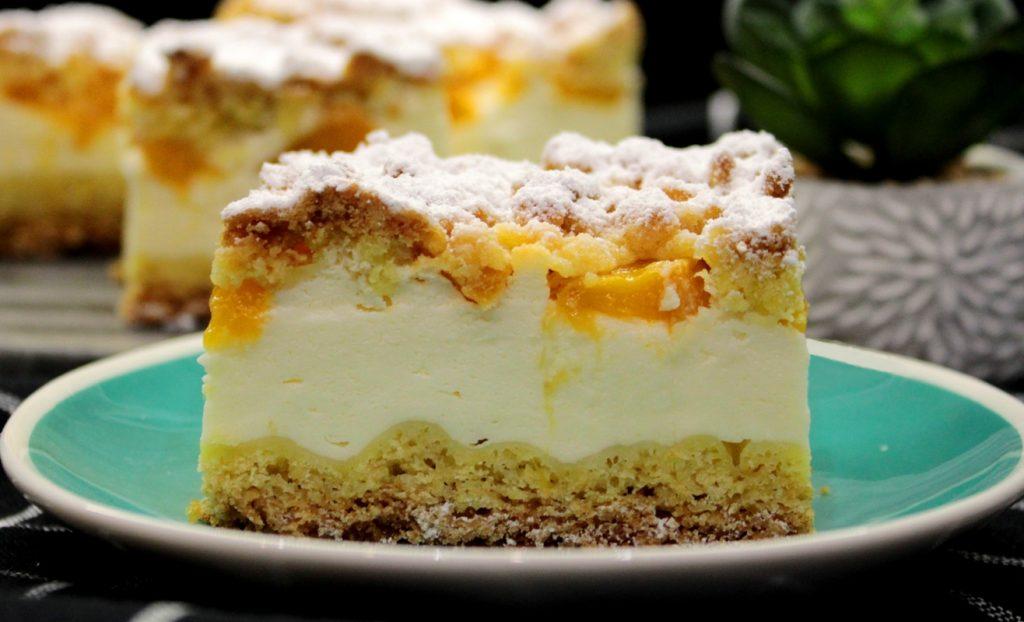 Ciasto styropian z brzoskwiniami