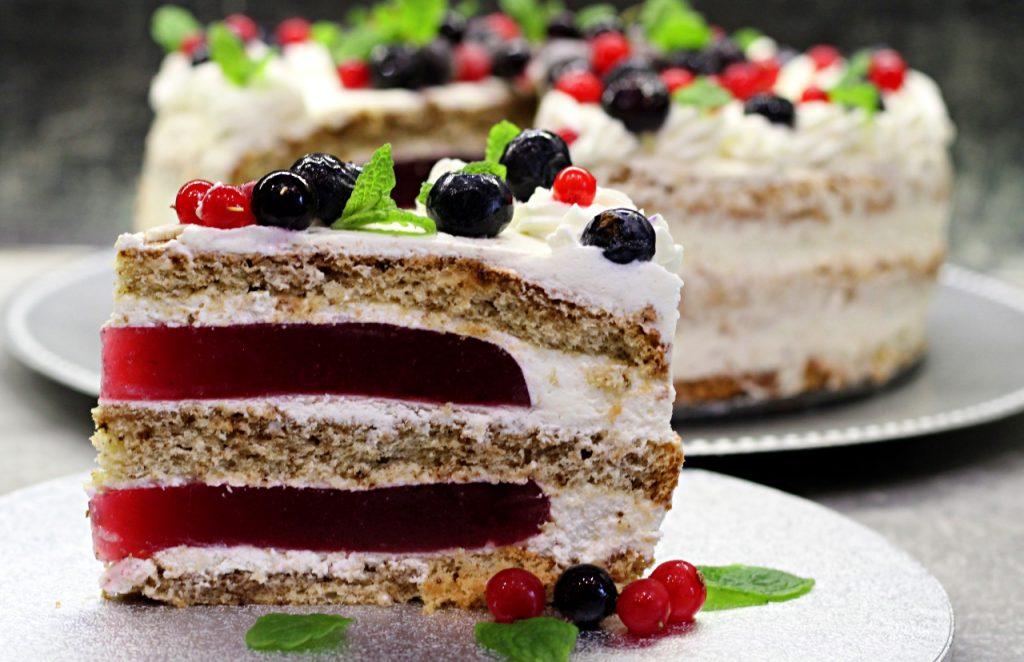 Tort kawowo - porzeczkowy